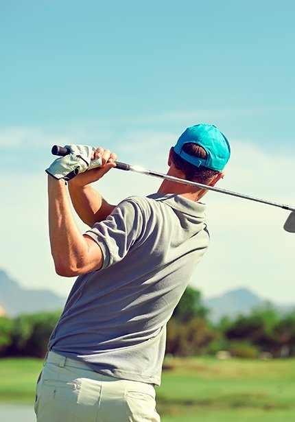 We inform you about the nearby golf courses